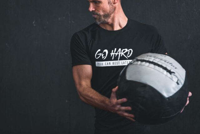 GHOGH Weights GO HARD T-shirt